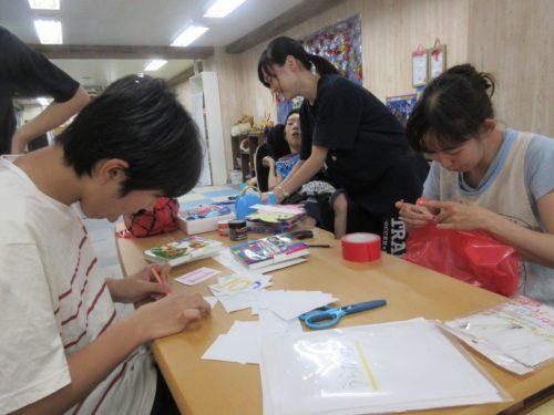 20190814_夏祭り工作(お面作り、景品) (51)